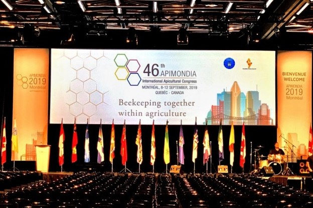 Plenary of the 46th APIMONDIA International Apicultural Congress